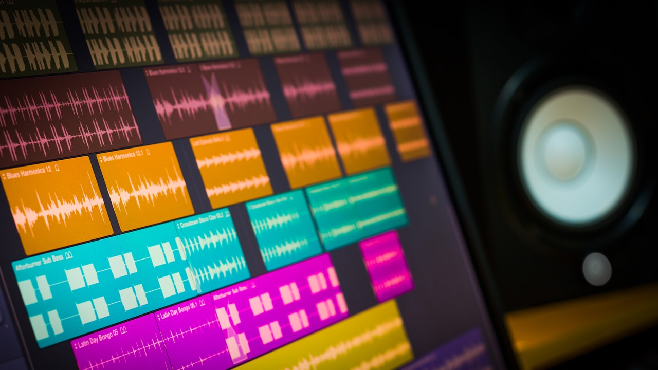 8 Mixing Tips for High Track-Count Sessions