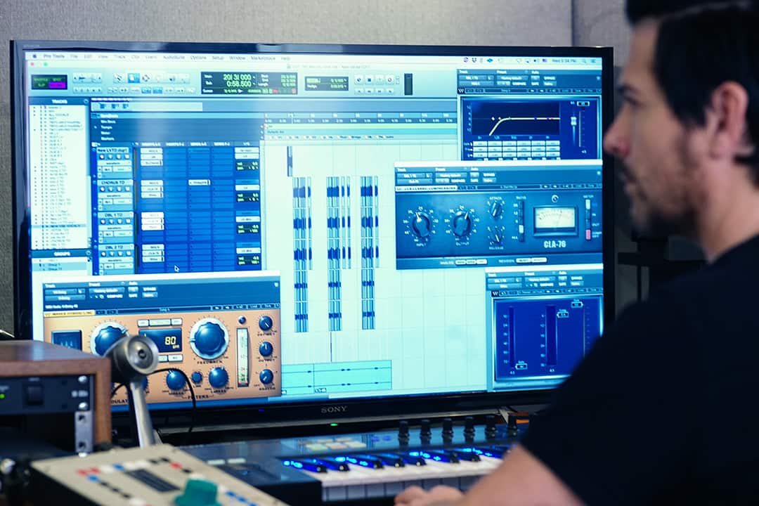 Vocal producer Mitch Allan comping with his all-Waves plugin chain