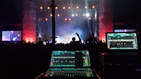 On Tour with The Editors and eMotion LV1